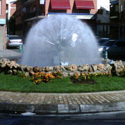 Hemisphere of water in a roundabout